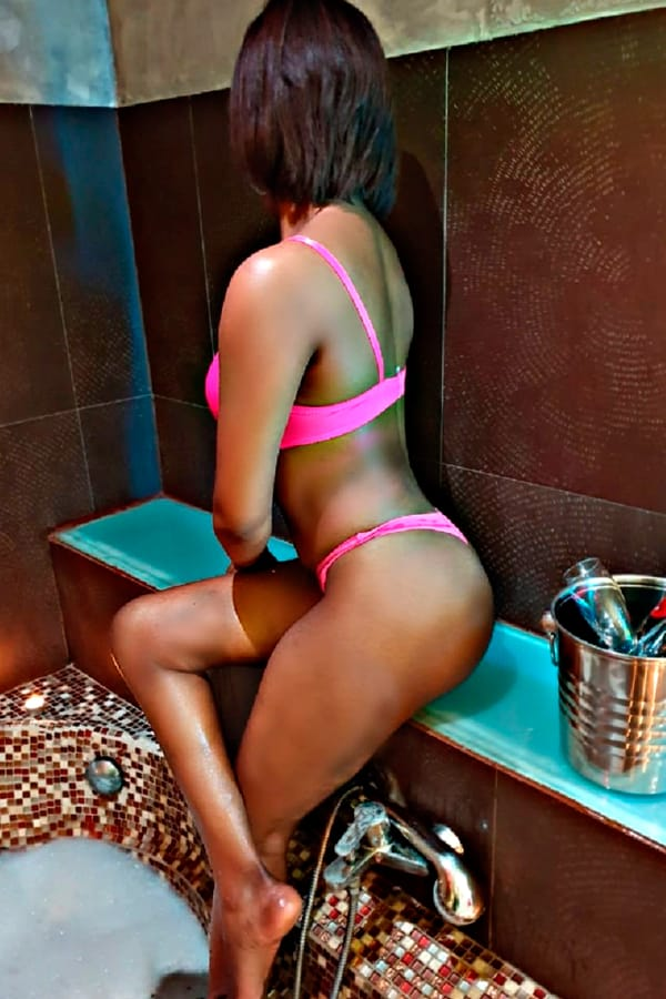 Escort Barcelona Caribbean escort lover of seduction